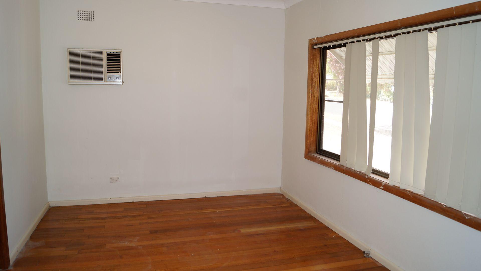 37 Leura Road, Orange NSW 2800, Image 2