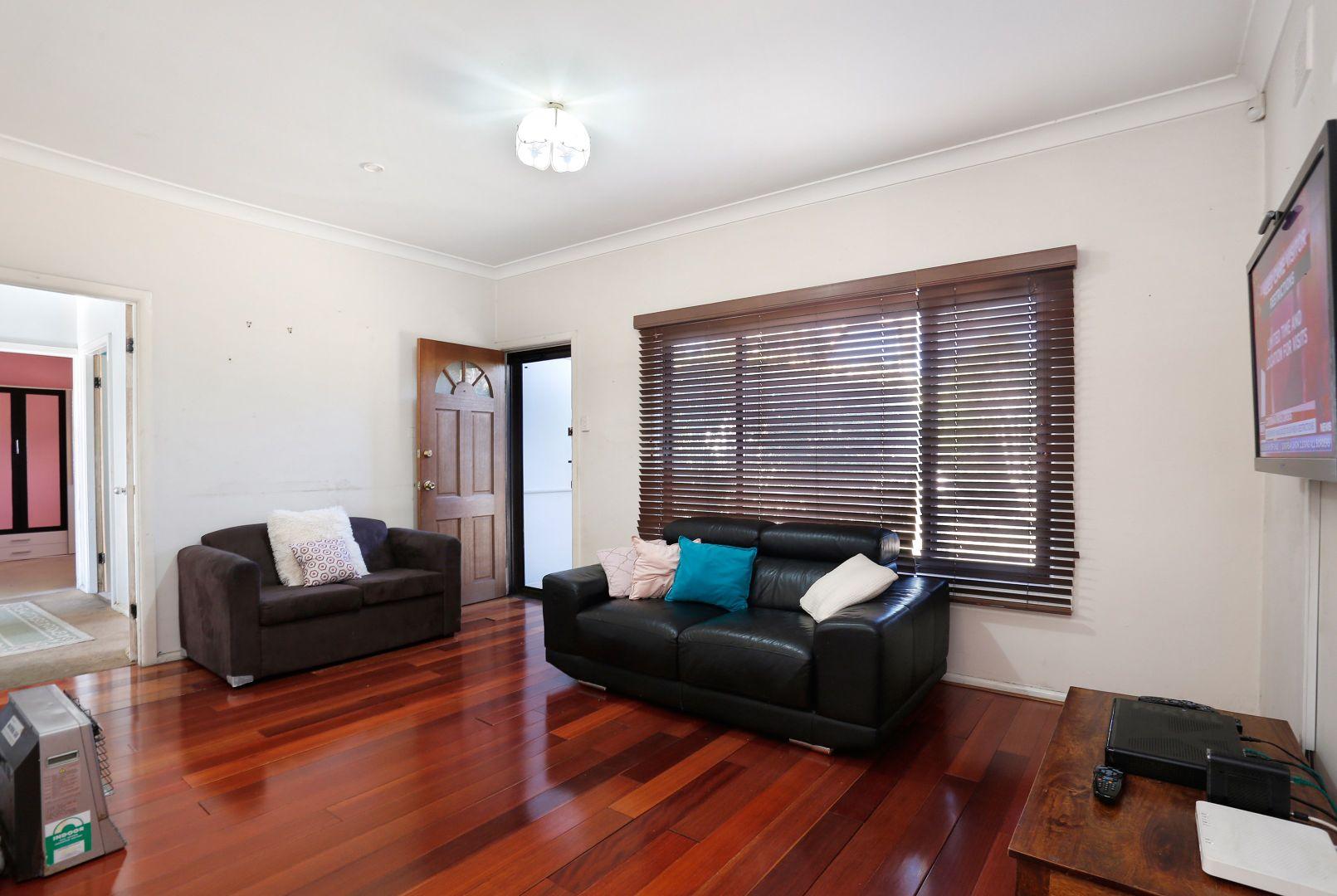 402 Seven Hills Road, Seven Hills NSW 2147, Image 1