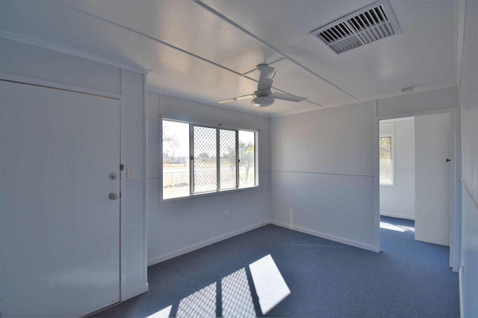 49 Booker Street, Aramac QLD 4726, Image 2