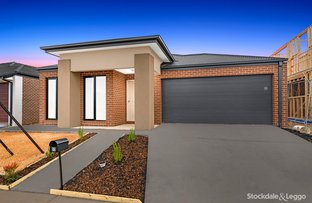Picture of 23 Medlar Avenue, Manor Lakes VIC 3024