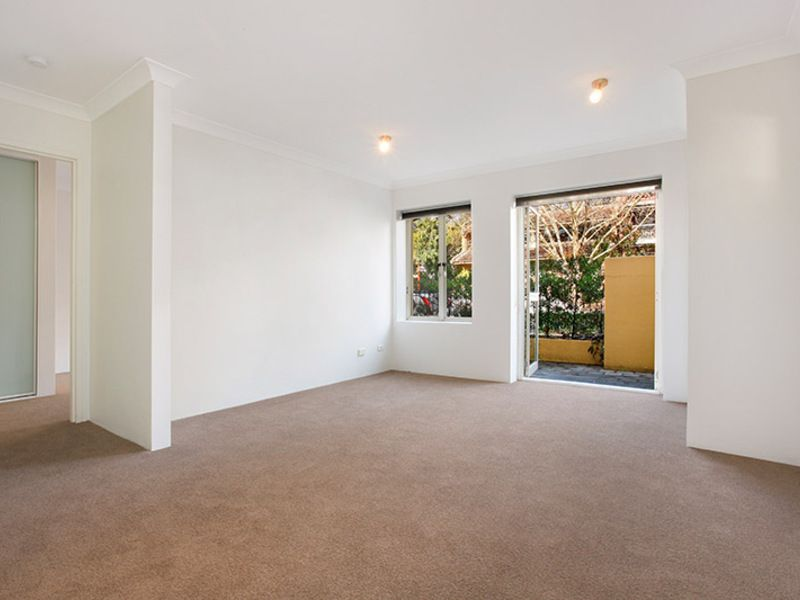 2/18 Ridge Street, North Sydney NSW 2060, Image 1