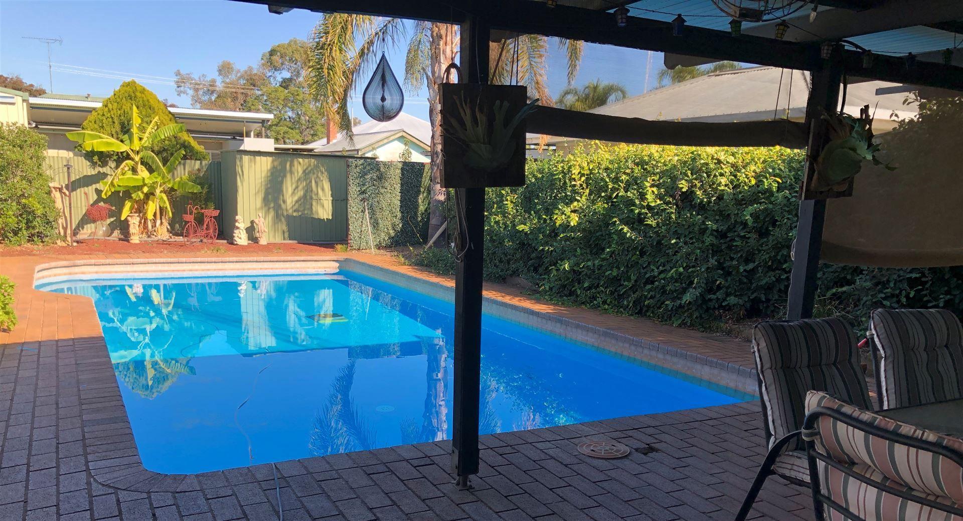 24 Brown Street, West Wyalong NSW 2671, Image 2