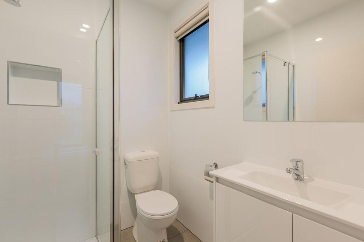 Room 5/1/23 Koonawarra Street, Clayton VIC 3168, Image 2