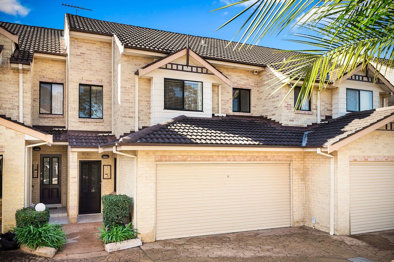 7/4-8 Russell Street, Baulkham Hills NSW 2153, Image 0