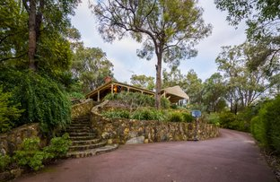 Picture of 11 Mann Place, Roleystone WA 6111