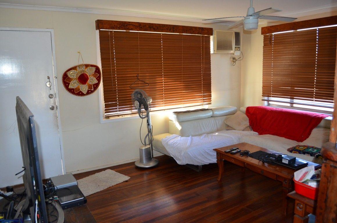 27 Fig Street, Blackwater QLD 4717, Image 2