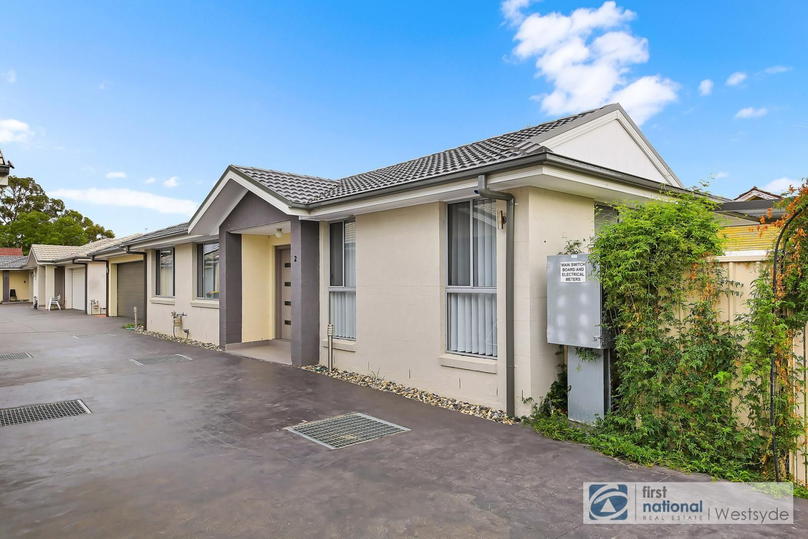 2/56 Tungarra Road, Girraween NSW 2145, Image 0