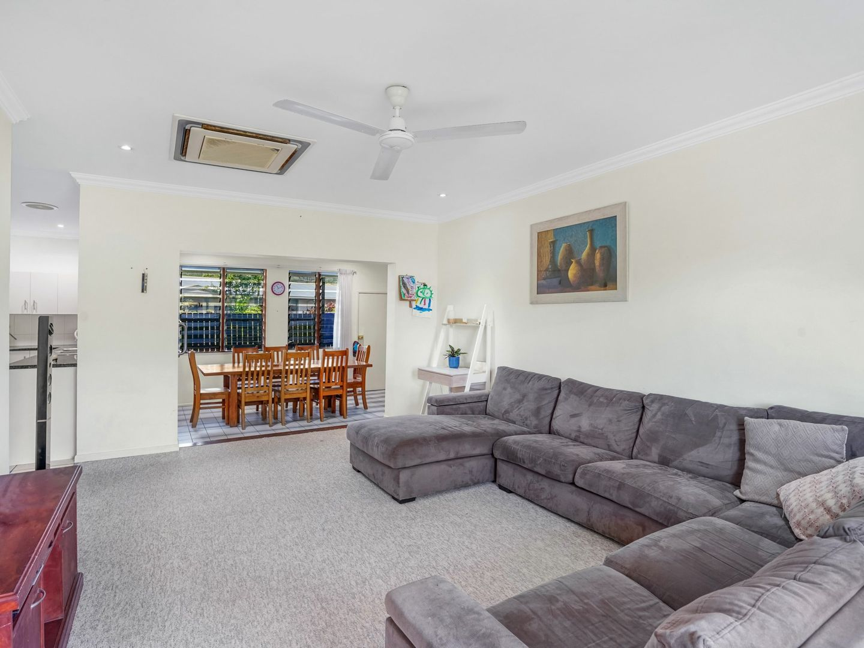 1/6 Brooks Street, Whitfield QLD 4870, Image 1