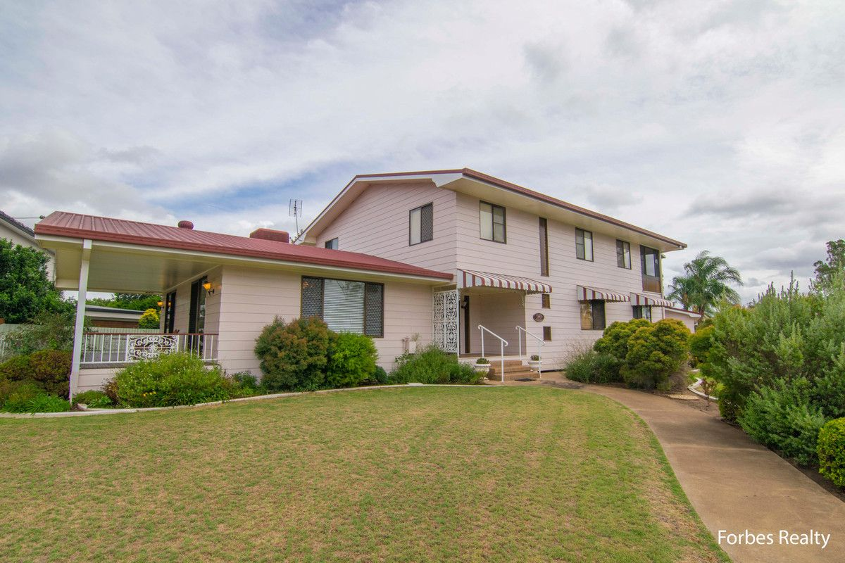 2 Wilkes Street, Dalby QLD 4405, Image 0