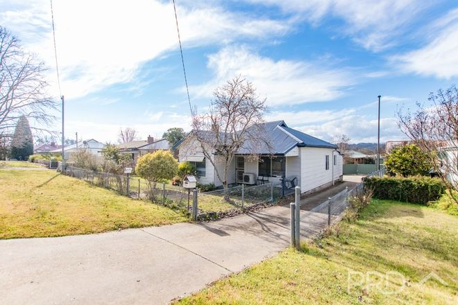 Picture of 98 Russell Street, TUMUT NSW 2720