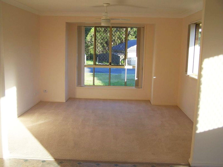 17 Whitsunday Court, Upper Caboolture QLD 4510, Image 1