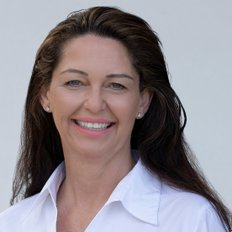 Julie Evitts, Sales representative