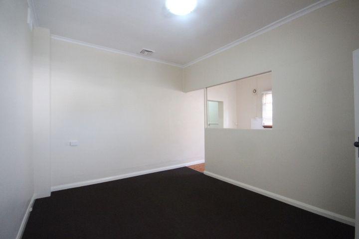 2/113 Addison Road, Marrickville NSW 2204, Image 2
