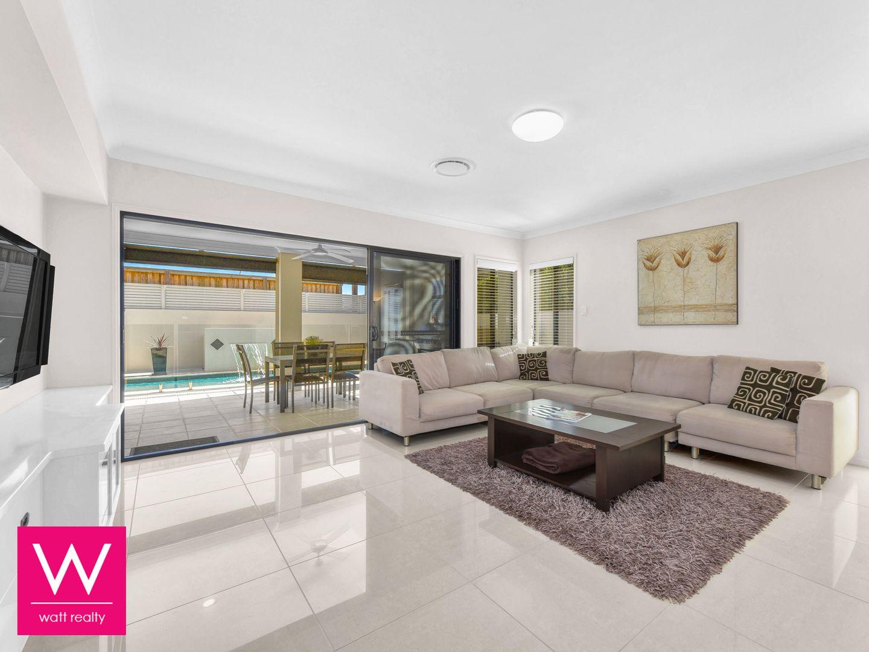 11 Leo Place, Bridgeman Downs QLD 4035, Image 1