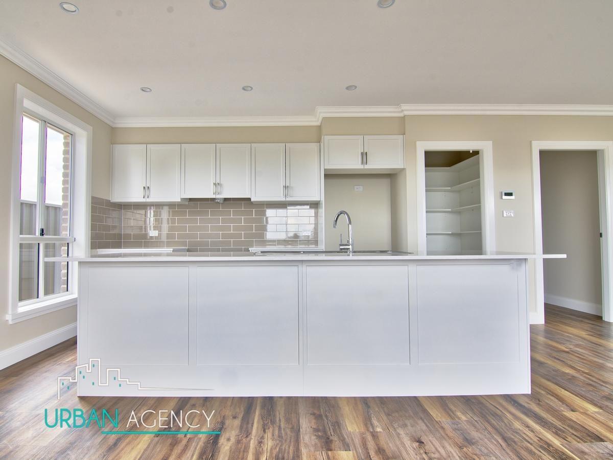 19 Ellenbrae Street, Orange NSW 2800, Image 2