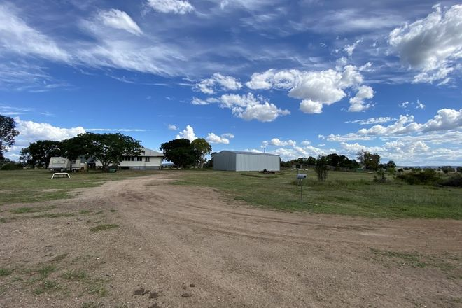 Picture of 994 Weir Road, MULGILDIE QLD 4630