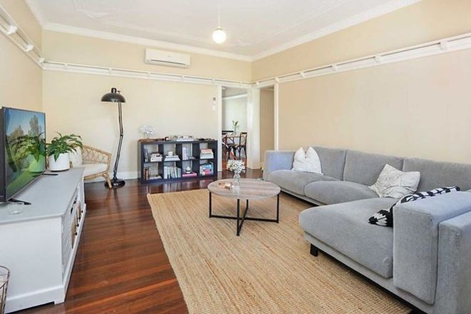 Picture of 1/34 Creswick Street, CLAYFIELD QLD 4011