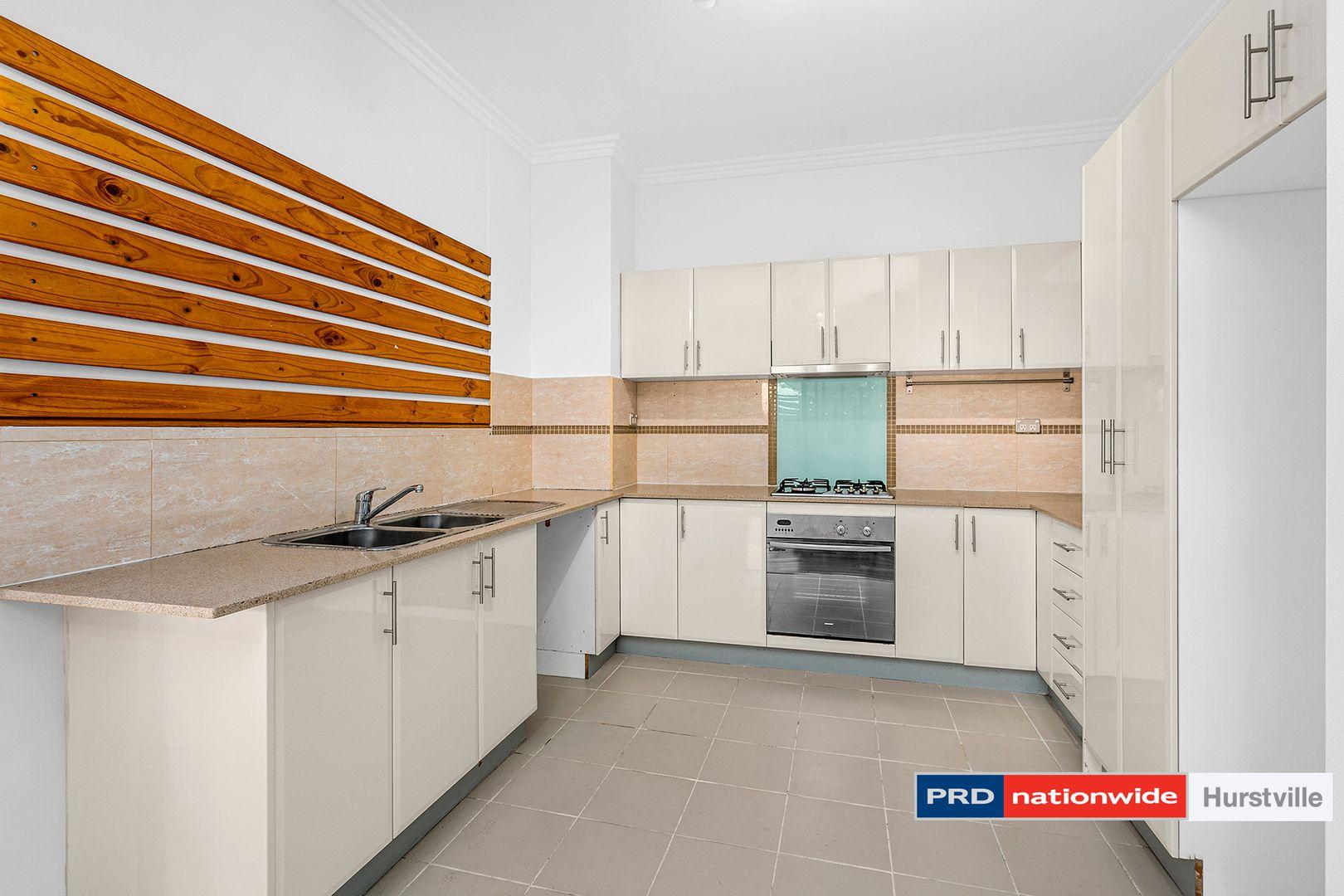 8/74 Woniora Road, Hurstville NSW 2220, Image 2