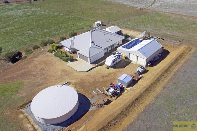 Picture of 111 O'Connell Road, WANDERING WA 6308