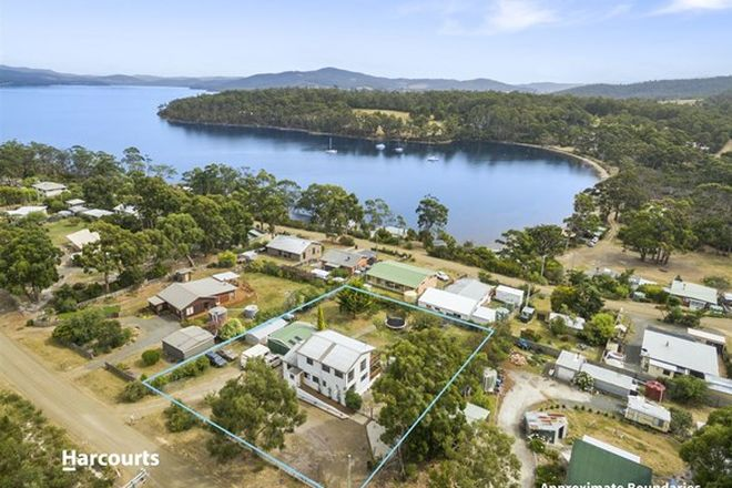 Picture of 15 Cray Point Parade, EGGS AND BACON BAY TAS 7112