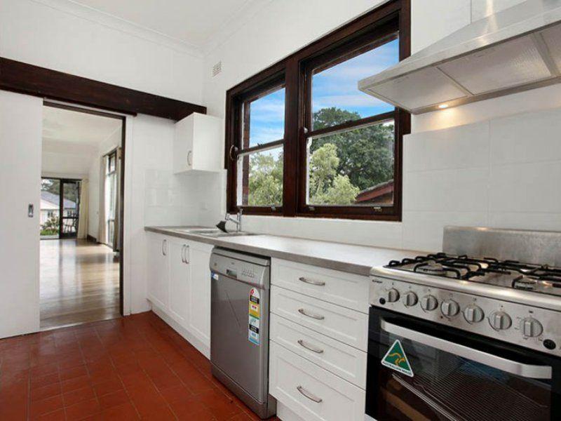 1 Lonsdale Avenue, Pymble NSW 2073, Image 2