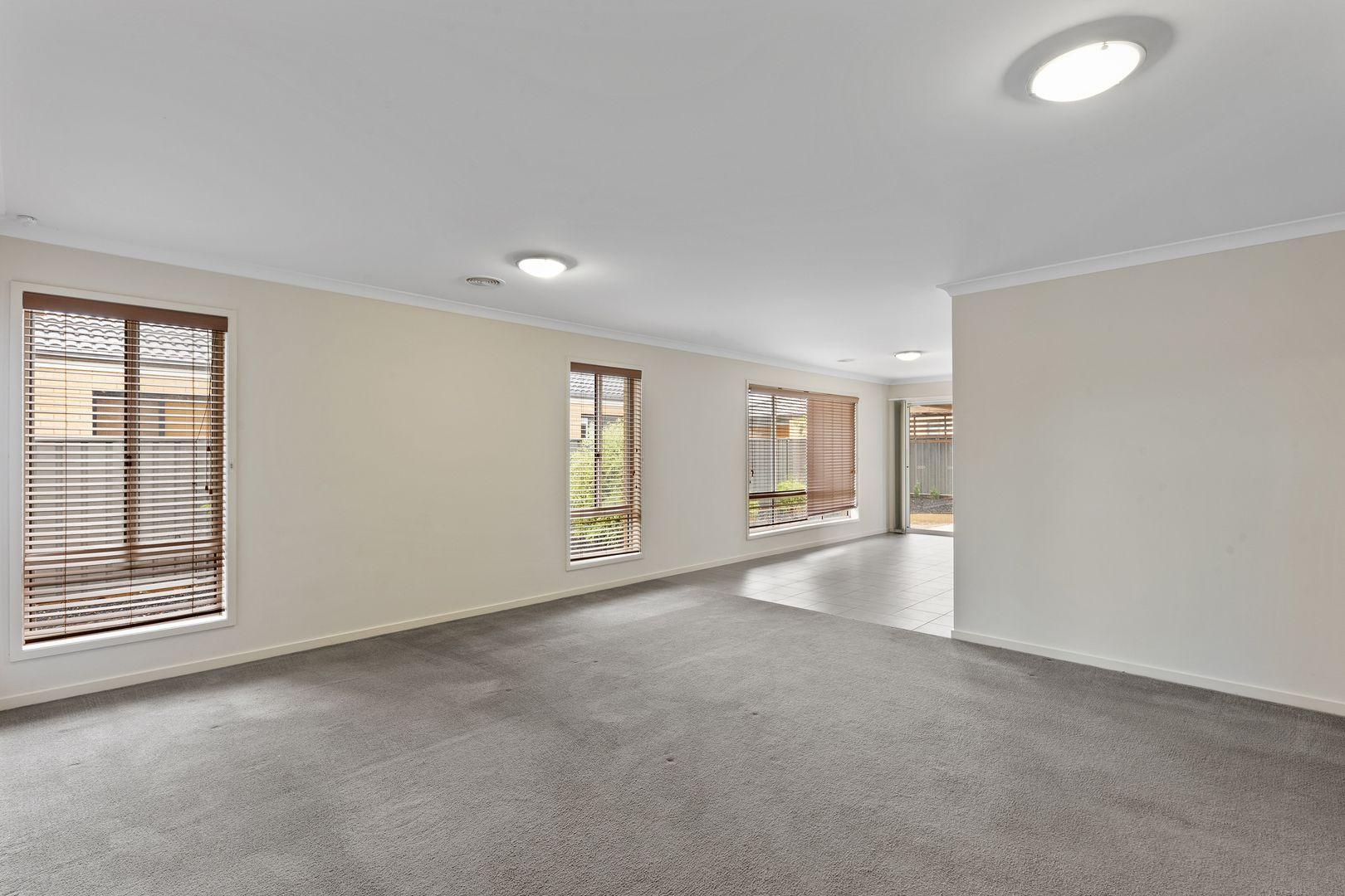 820 Oakwood Avenue, Jackass Flat VIC 3556, Image 2