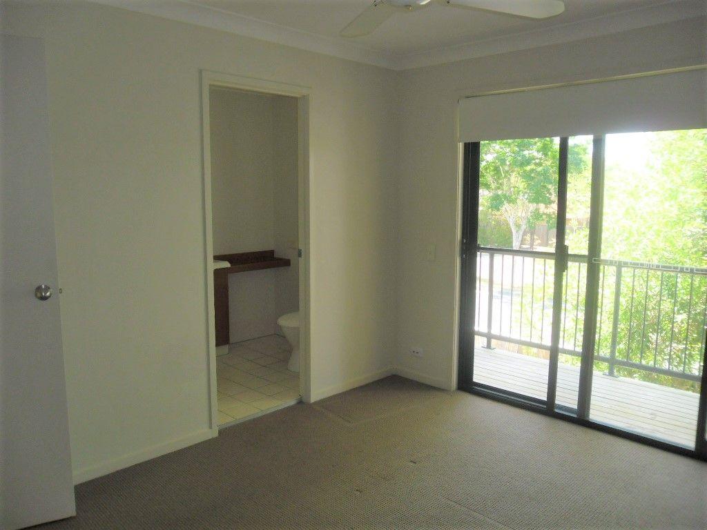 Christine Ave, Varsity Lakes QLD 4227, Image 4