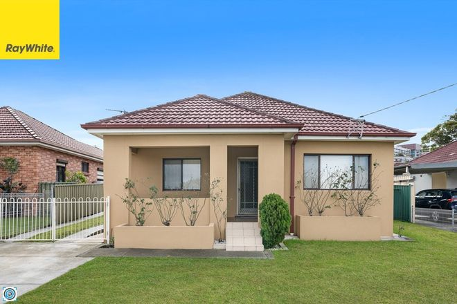 Picture of 64 Stuart Road, WARRAWONG NSW 2502