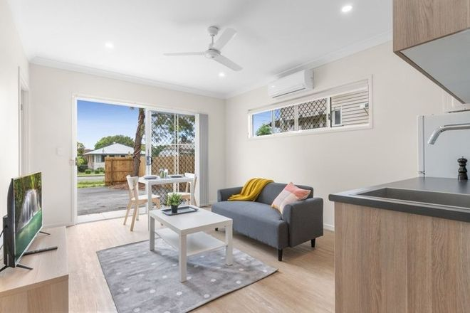 Picture of 1,2,3,4/71 Handford Road, ZILLMERE QLD 4034