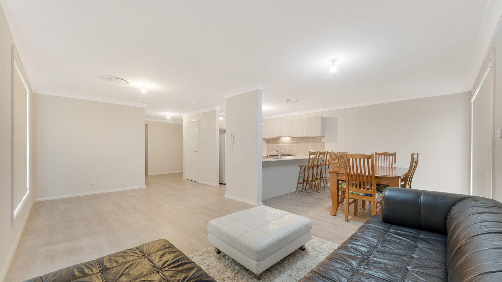 20 Busch Place, St Helens Park NSW 2560, Image 2