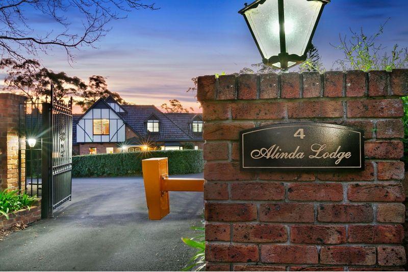 4 Alinda Close, Middle Dural NSW 2158, Image 0