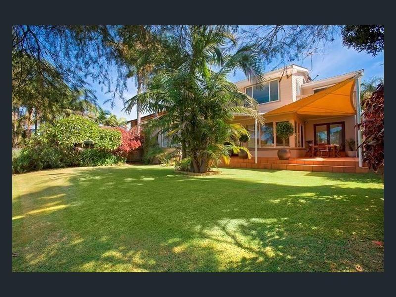 19 Wimbledon Avenue, North Narrabeen NSW 2101, Image 0