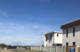 28 Lakeview Boulevarde, Mermaid Waters QLD 4218