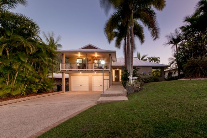 24 Panoramic Court, CANNONVALE QLD 4802