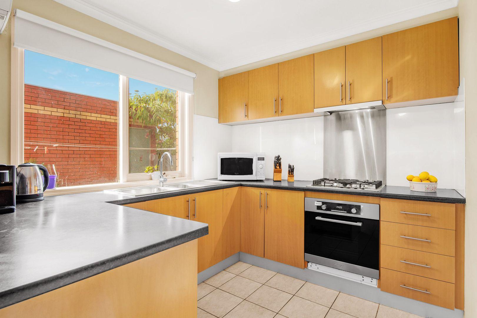 12/111 Martins Lane, Viewbank VIC 3084, Image 1