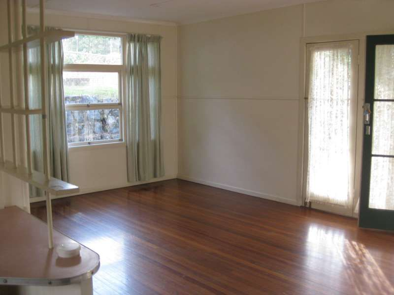 12 Thorpe Street, Indooroopilly QLD 4068, Image 2