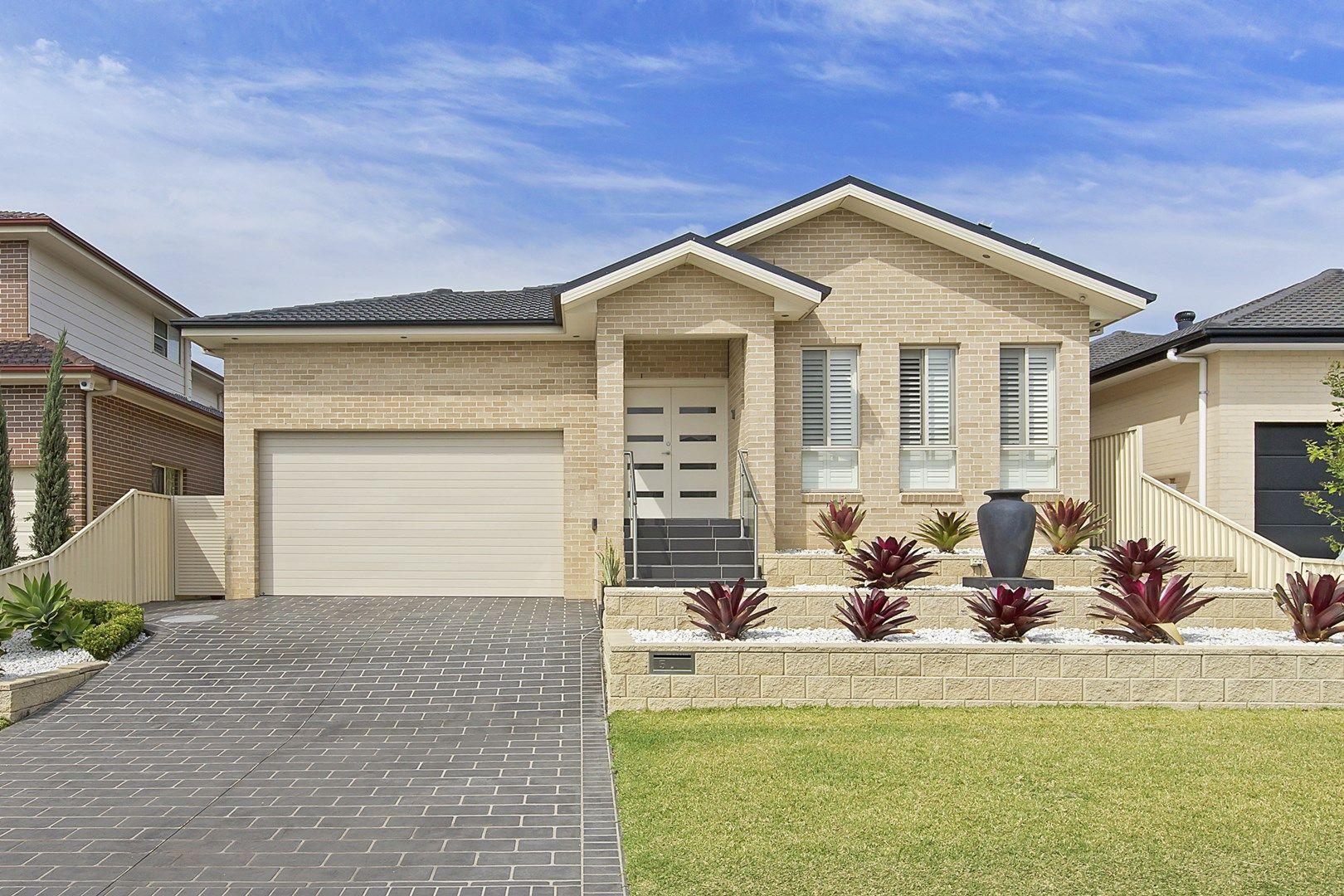 5 Brearley Avenue, Middleton Grange NSW 2171, Image 0