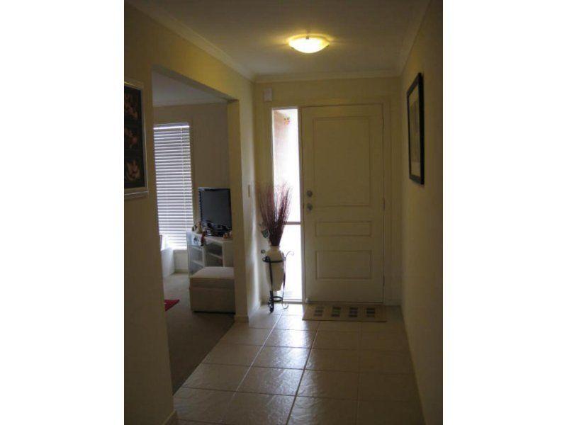 10/3 Victoria Road, Mount Barker SA 5251, Image 2