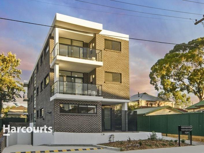 2/1 Dixon Street, Parramatta NSW 2150, Image 0