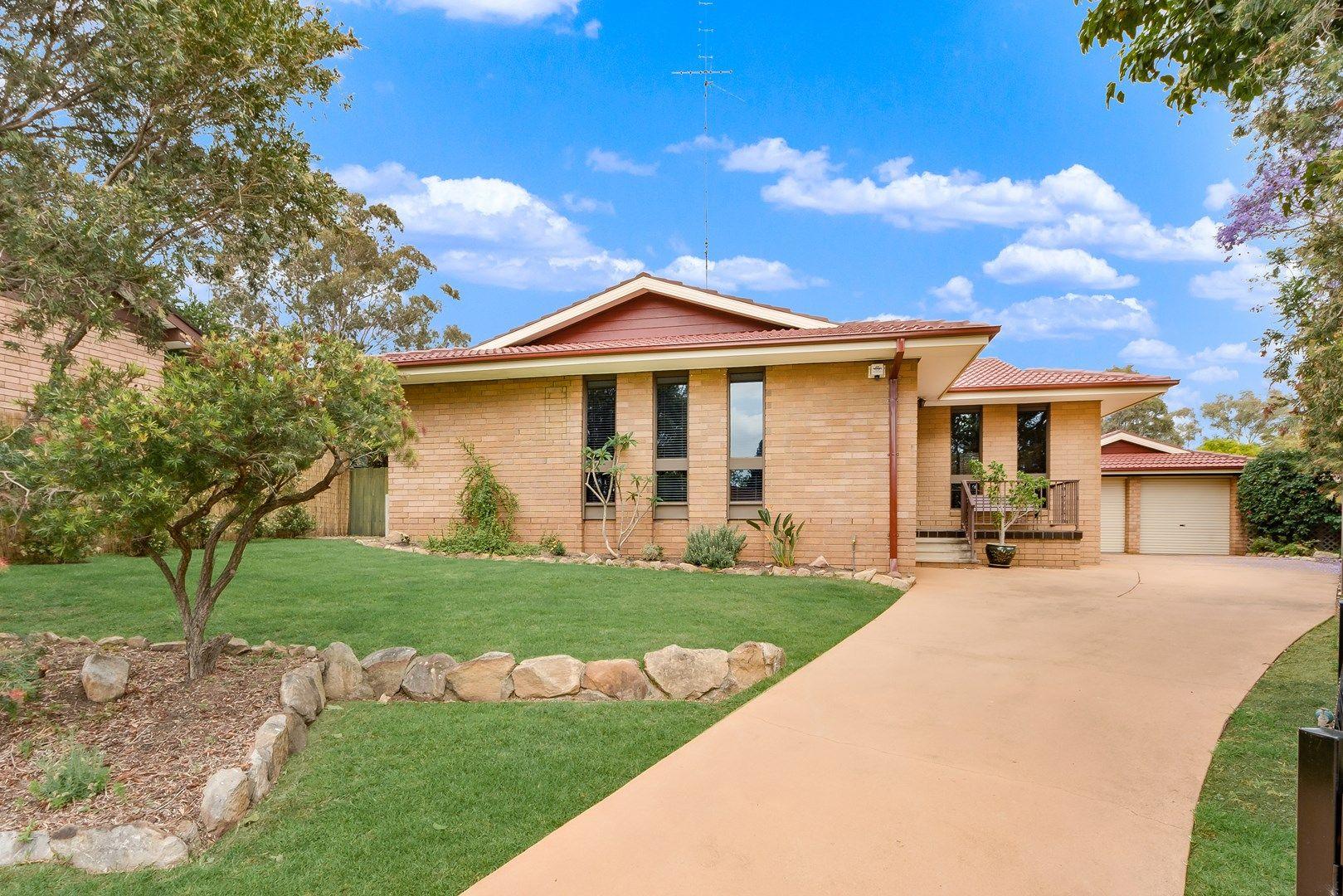 4 Wegg Place, Ambarvale NSW 2560, Image 0