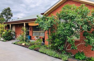 Picture of Townhouse 3/73 Symonds St, Golden Square VIC 3555