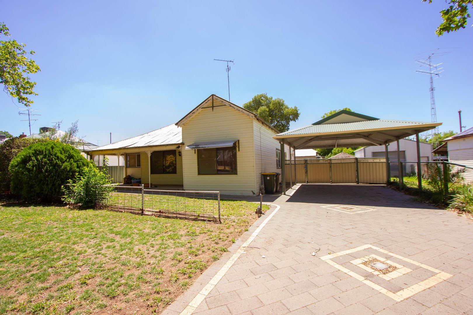 39 Arthur  Street, Narrandera NSW 2700, Image 0