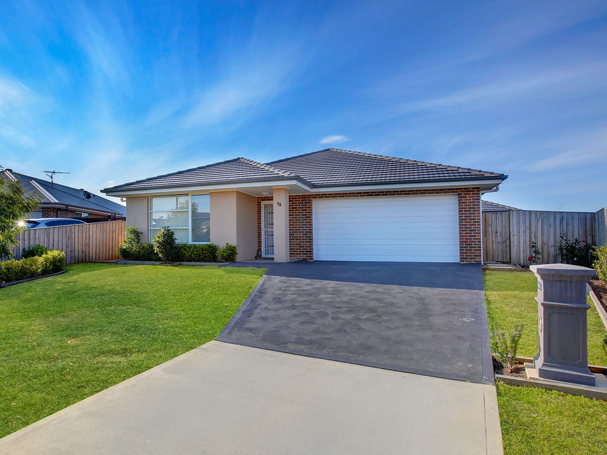 13 Stewart Street, Mittagong NSW 2575, Image 0