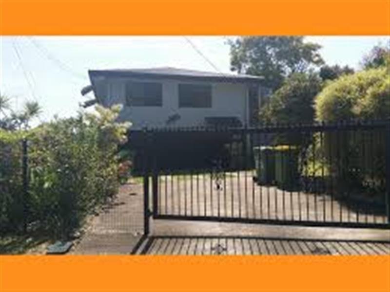 3 Arthur Street, Biggera Waters QLD 4216, Image 1
