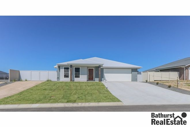 Picture of 5 Hyacinth Way, WINDRADYNE NSW 2795