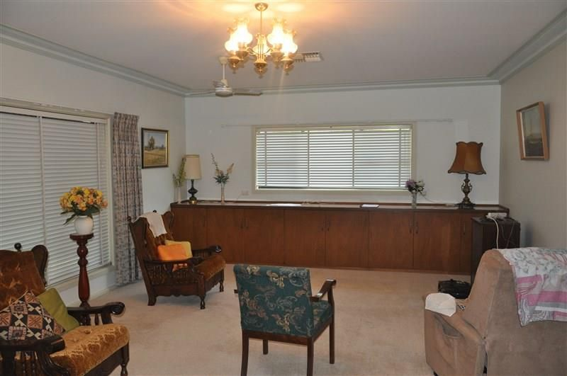 2A Clement Street, Forbes NSW 2871, Image 2