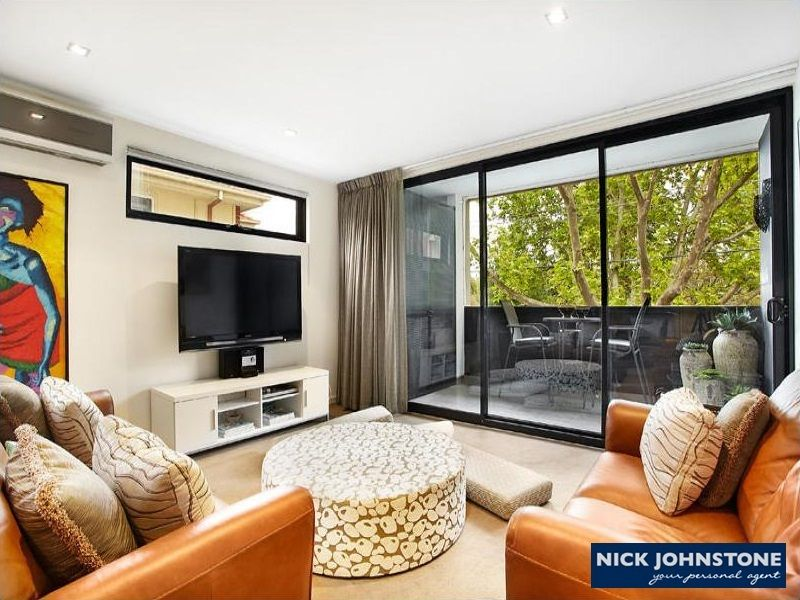 Unit 4/210 Tennyson St, Elwood VIC 3184, Image 2