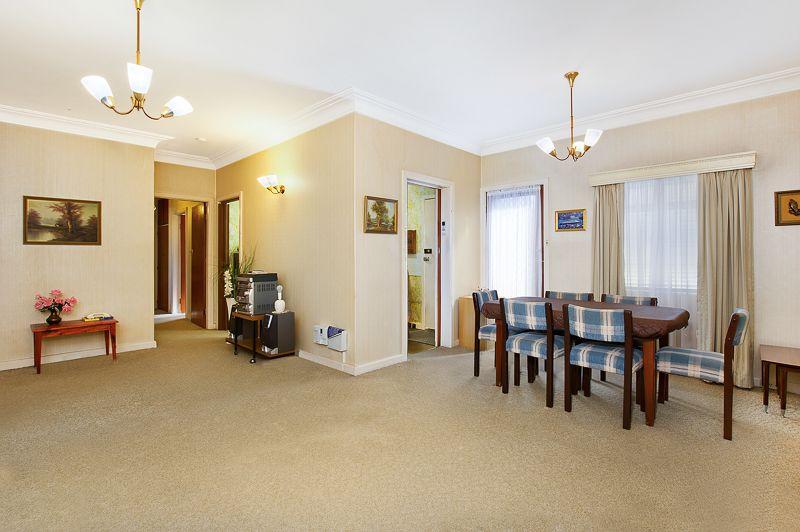 14 Reddall Street, Campbelltown NSW 2560, Image 1