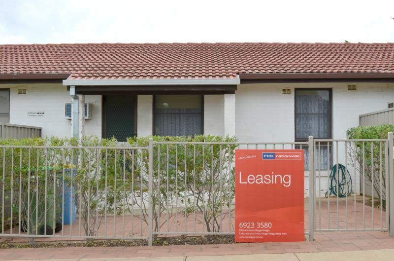 Unit 2/263 Bourke Street, Tolland NSW 2650, Image 0