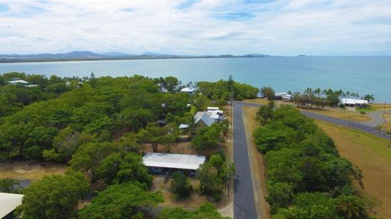 1/9 Plover Street, Slade Point QLD 4740, Image 0